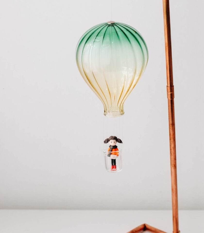 Cam Sıcak Hava Balonu